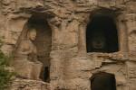 Рукотворные Пещеры Юньган в Китае