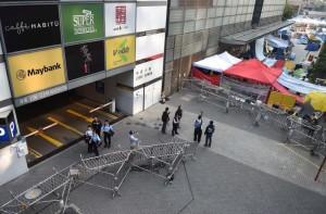 """Активисты """"Оккупируй централ"""" покидают баррикады"""