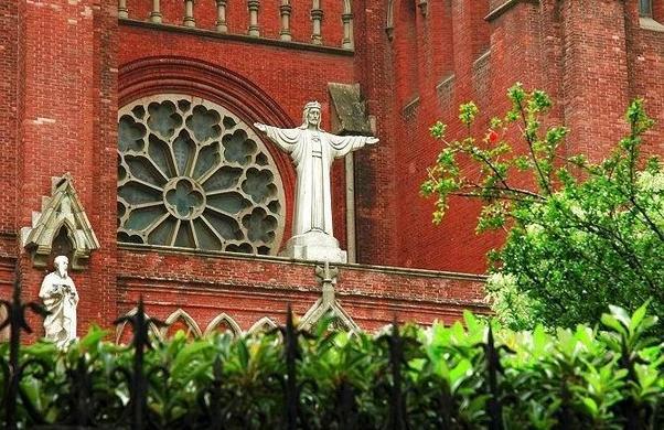 Самое вместительное и крупное место для вероисповедания в Шанхае