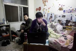 Бедные граждане Пекина ищут дом… под землей5