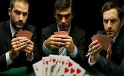 Чем профессиональные игроки в казино отличаются от зависимых