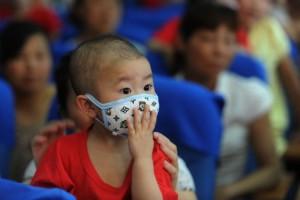 Число случаев заболеваний опасной детской инфекцией в Китае идет на спад