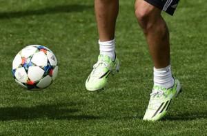 Чтобы поднять уровень сборной в Китае построят 20 тысяч футбольных полей