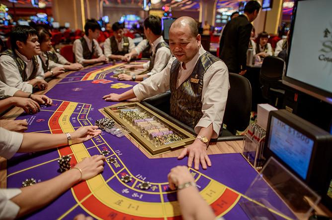 Две стороны казино Макао. Администрация, джанкеры, хайроллеры2