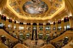 Две стороны казино Макао. Клиенты, туристы, местные