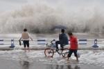 Из-за ливней на северо-западе Китая пострадали 8 человек