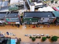 Из-за проливных дождей в Китае погибло 15 человек