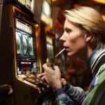 Как не потерять контроль за игрой в казино Макао