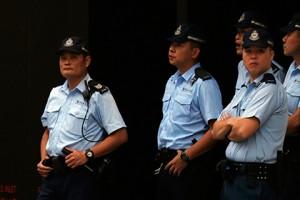 Китай депортирует шестерых уроженцев Британии, задержанных на севере КНР