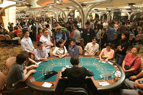 Китай начал борьбу с иностранными казино2