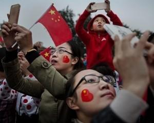 Китай начинает следить своими туристами в других странах