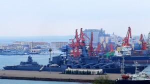 Китай вкладывает средства в мировые порты