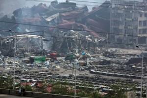 Китай заблокировал более 50 сайтов за слухи о новом взрыве в Тяньцзине