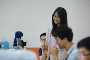 Китайские софтварные компании нанимают на работу девушек, чтобы создать веселую рабочую атмосферу в офисе