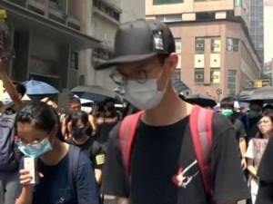 Китайские власти поддержали запрет масок в Гонконге