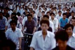 Китайцам предложили разделять жен