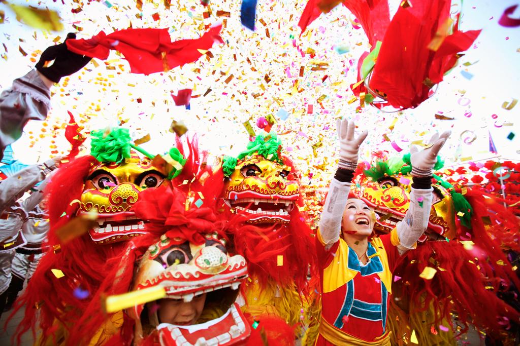 Китайцы празднуют новый год 2017