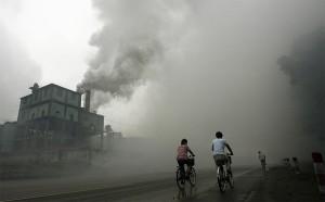 Китайцы сомневаются в экологической политике правительства