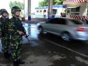 Китаянка выехала на автомобиле на территорию аэропорта, в результате чего погибло 9 человек