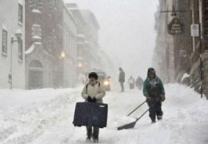На юго-восток КНР обрушился снежный шторм