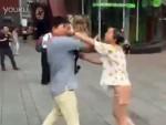 Онлайн-влюбленные из Китая на первой реальной встречи подрались от разочарования