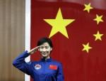 Первая женщина-космонавт в Китае стала мамой