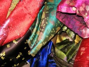 Покупки в Китае нефрит, шелк, бамбуковые ткани