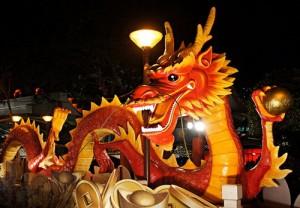 После встречи китайского Нового года 2014 китайские улицы украсились тоннами мусора
