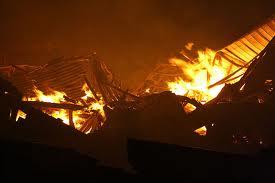 Пожар на китайской швейной фабрике унес жизни 11-ти человек