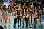 Представление Victoria's Secret Fashion Show прошло в Китае