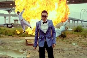 Psy разбил свой Rolls-Royce в Китае