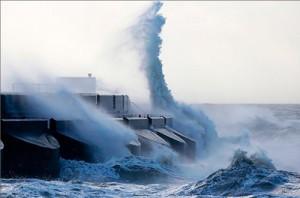 Пять миллионов китайцев пострадало от тайфуна, еще 13 человек погибло
