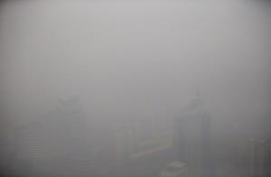 Смог в Китае опасен для здоровья2