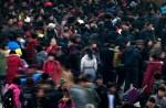 Сотни миллионов китайцев спешат на Новый год попасть домой