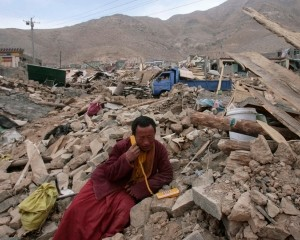Тибет трясет землетрясение амплитудой 6.5 баллов