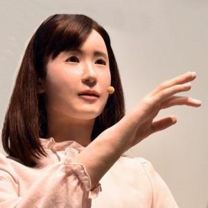 В КНР создали усовершенствованную женщину-андроид