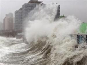 В Китае бушует тайфун Фитоу