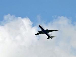 В Китае на одну из фабрик упал 60-килограммовый люк от Boeing 777