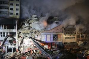 В Китае на рынке фарфора и керамики «Наньсюнь» в результате пожара умерло два человека и более десяти ранены
