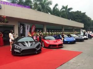 В Китае открылся автосалон по продаже самых дорогих автокаров в мире