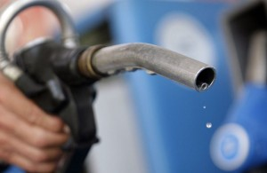В Китае снова снижаются цены на бензин