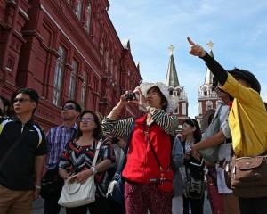 В Китае становится популярным «красный туризм» в Россию