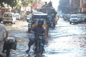 Жертвами проливных дождей в Китае стали 10 человек