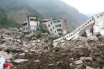Землетрясение в Китае: почти сто тысяч пострадавших