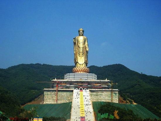 4 самых известных статуи Будды в Китае