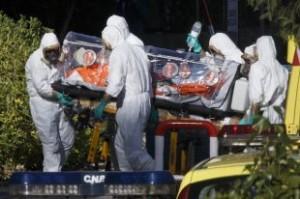 Китай ужесточает таможенный контроль для защиты от Эболы