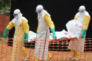 Китай ужесточает карантинный контроль из-за эпидемии Эболы
