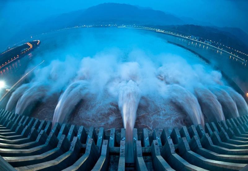Гидроэлектростанция Санься заработала на полную мощность