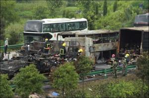 В Хунане арестовано 10 человек, причастных к смерти 43 пассажиров автобуса