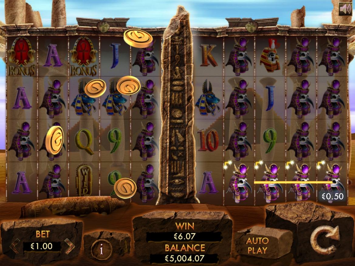 игровой автомат Temple of Luxor